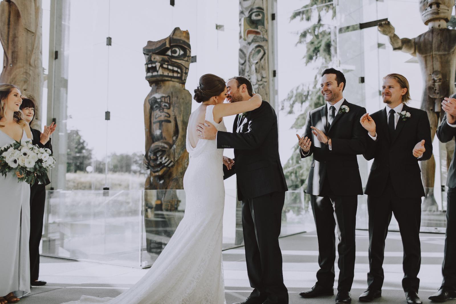 Museum-of-Anthropology-at-UBC-wedding-19.jpg