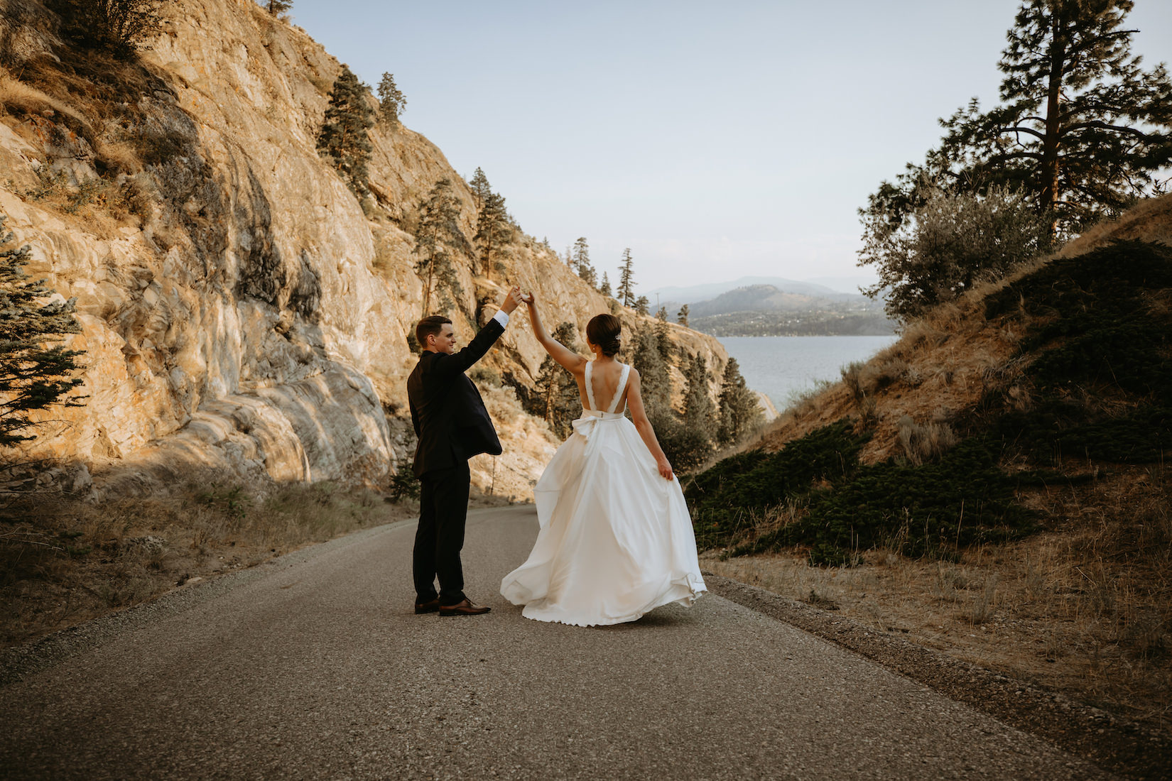 Gods-mountain-estate-weddings-34.jpg