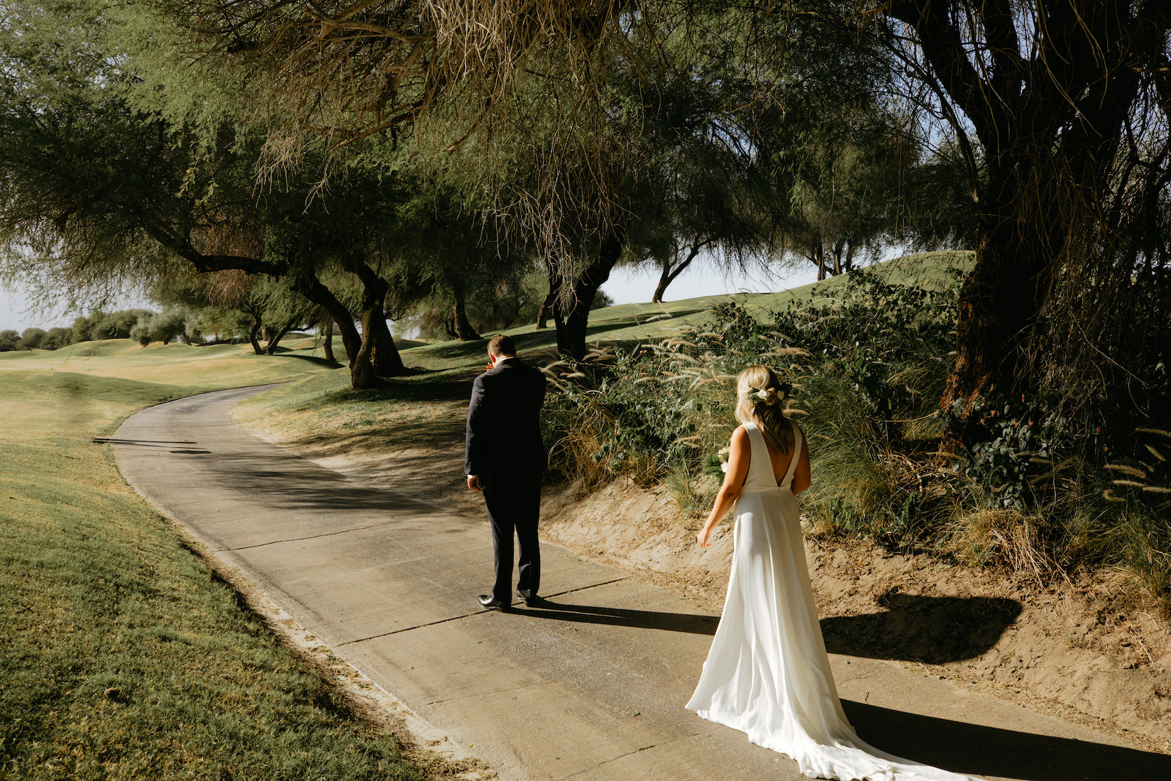 Modern_Golf_Club_Wedding_in_Palm_Springs_011.jpg