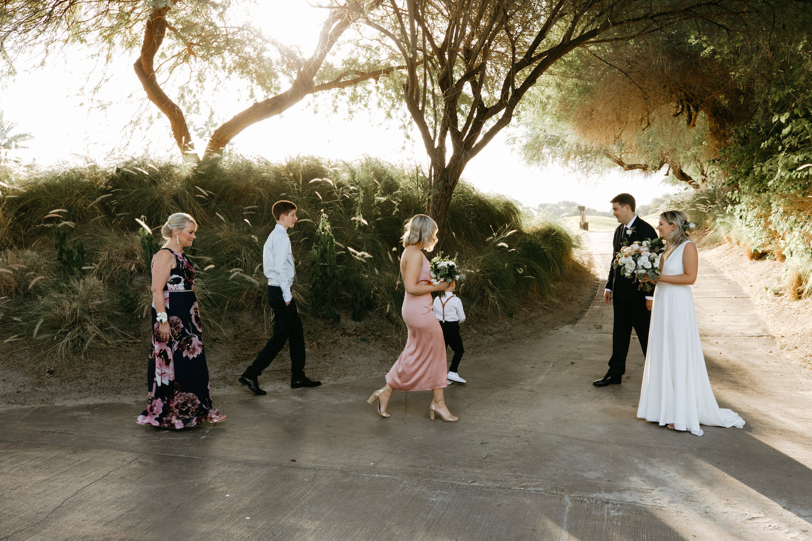 Modern_Golf_Club_Wedding_in_Palm_Springs_022.jpg