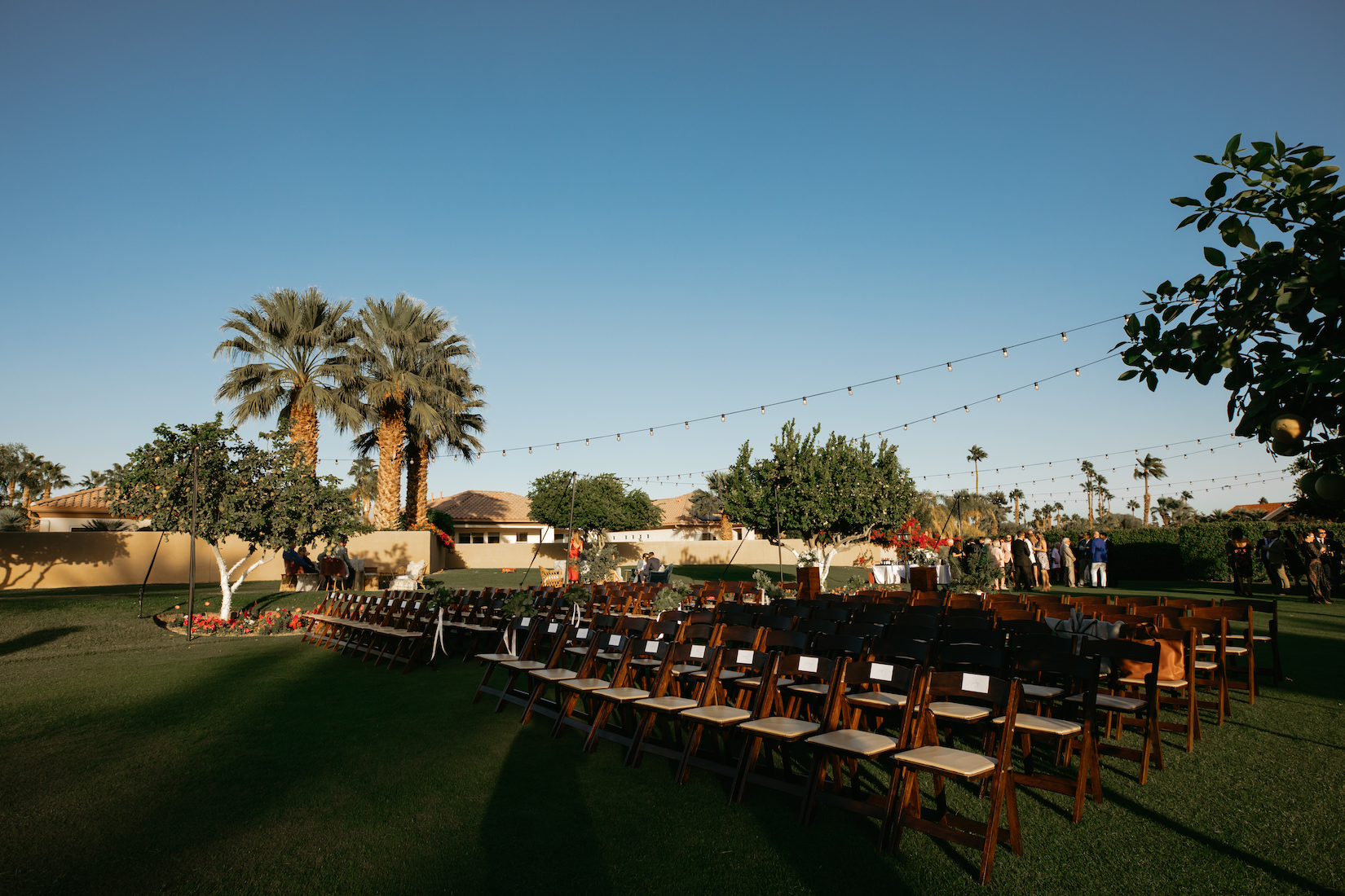 Modern_Golf_Club_Wedding_in_Palm_Springs_023.jpg