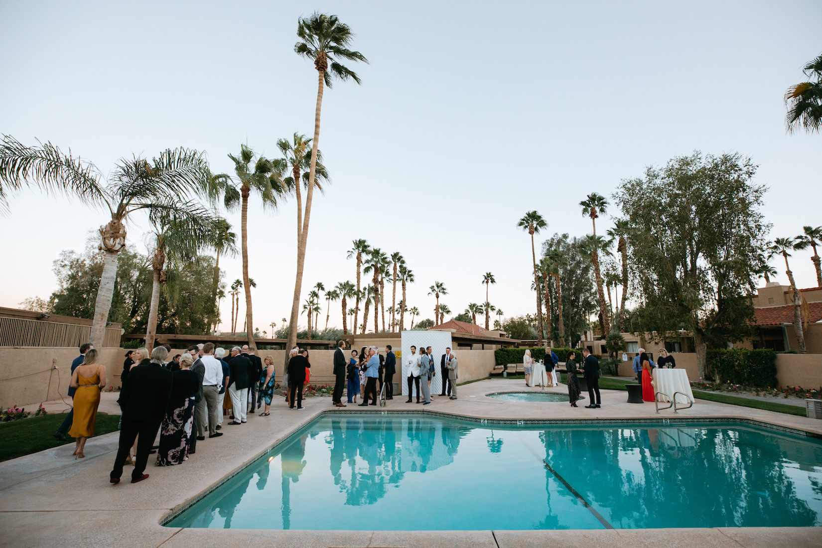 Modern_Golf_Club_Wedding_in_Palm_Springs_035.jpg