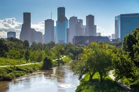 Buffalo Bayou Park - water w skyline in bg.jpg