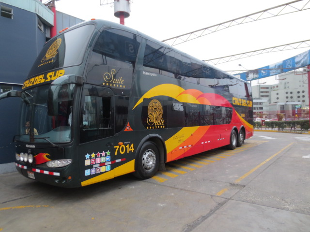 The bus that drove us to Cusco