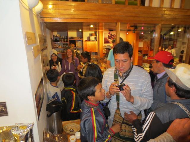 Dora got her Peruvian paparazzi moment