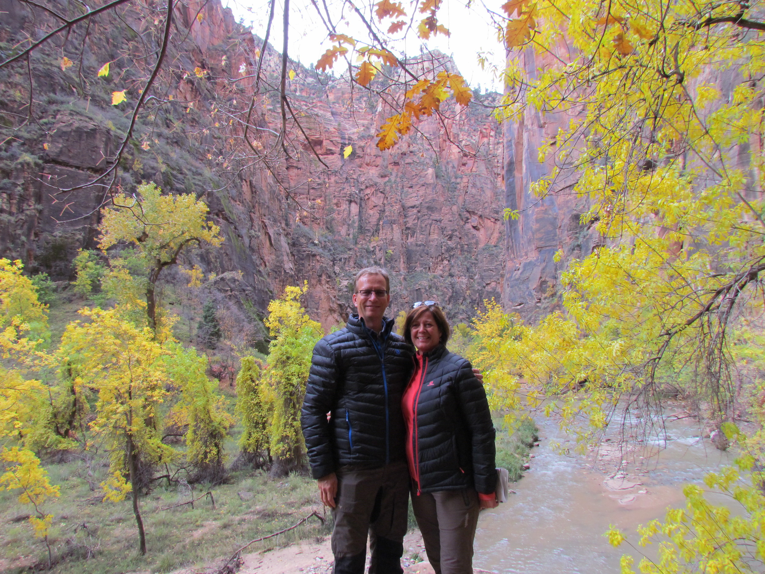 Dora went exploring with part of the group - here Carl and Lena are in one of the canyons