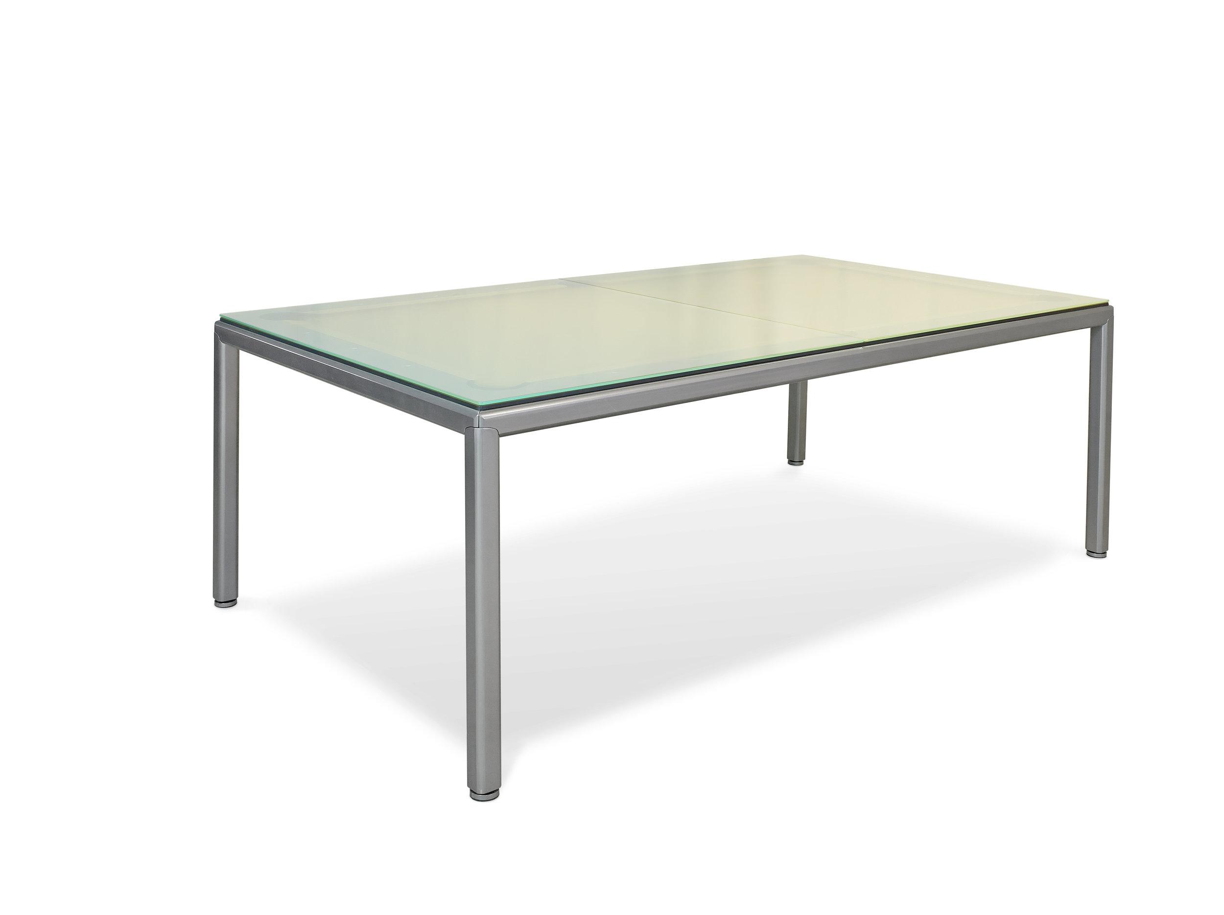 Billiard table Ultra 2.jpg