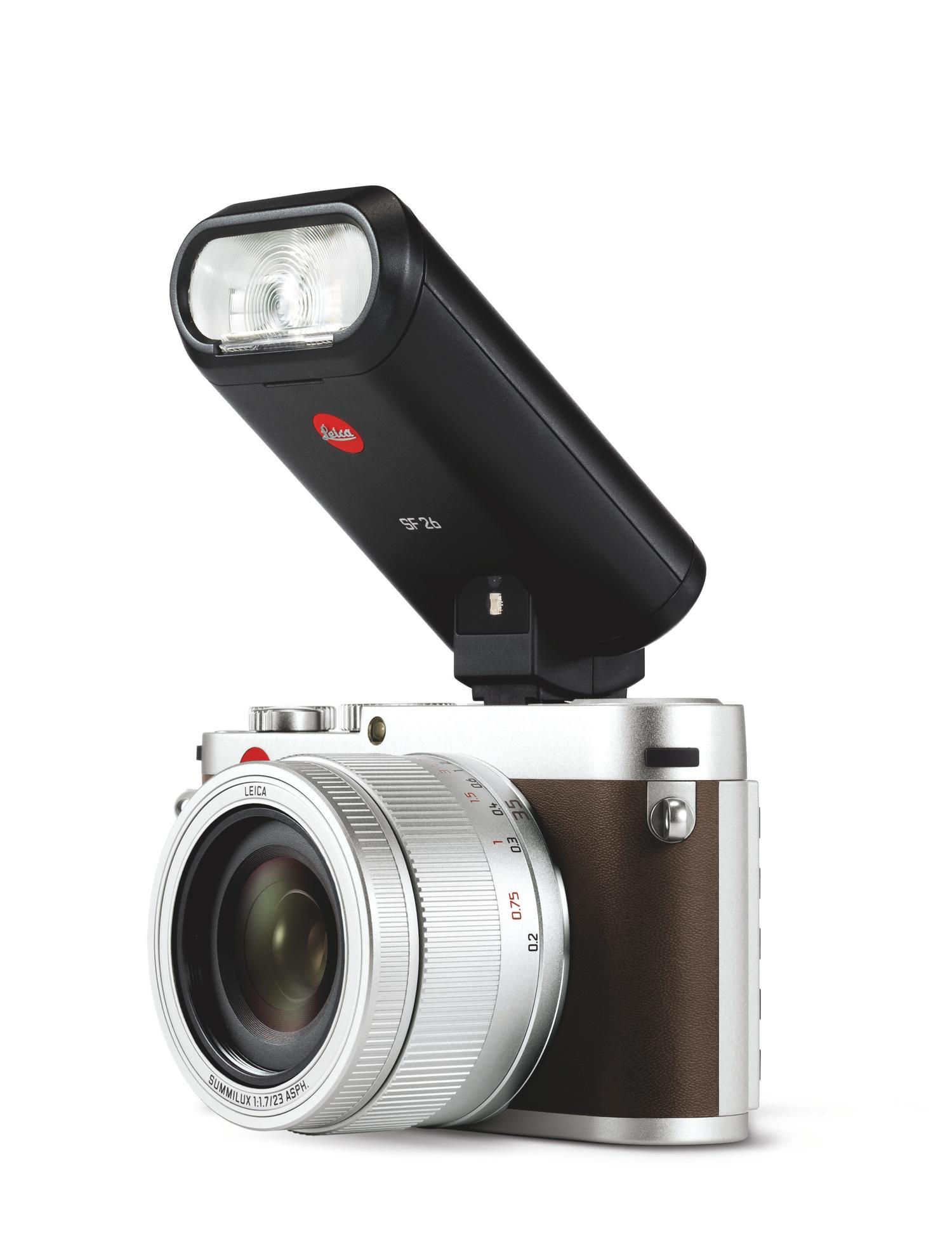 Leica X_silver_SF26.jpg