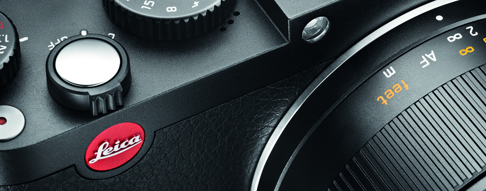 emo_Leica X_black_CU2.jpg