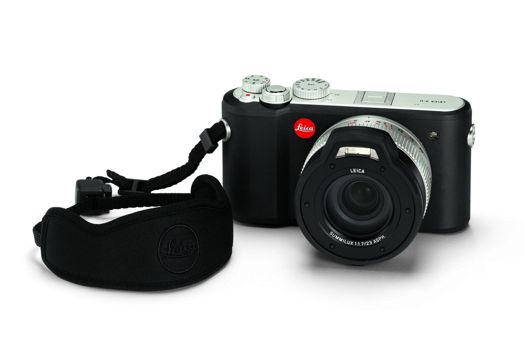 Leica_X-U_floating carrying strap.jpg