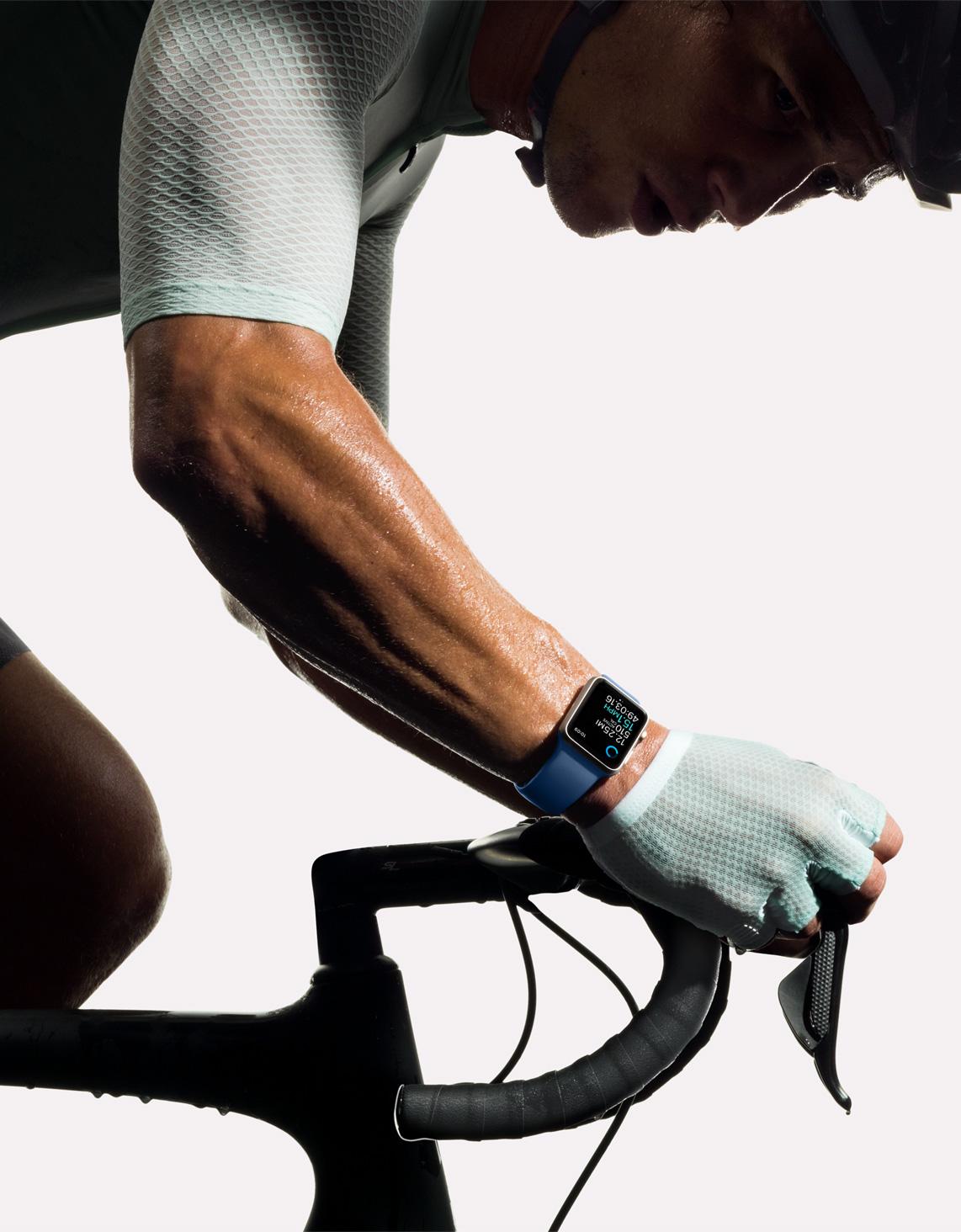 apple-watch2-cycling.jpg