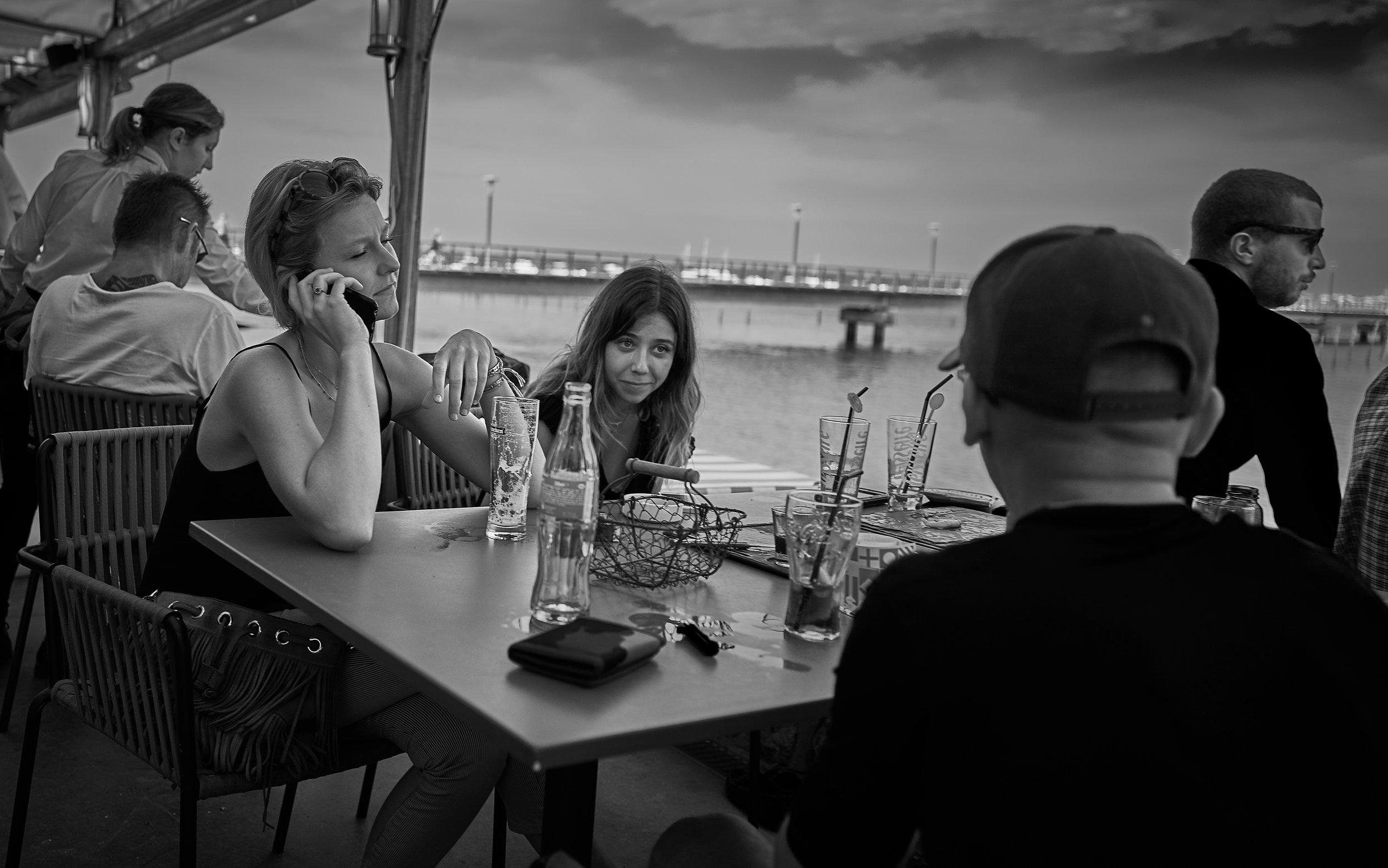 Regard d'une conversation // Cap-Ferret // juillet 2017 // Leica