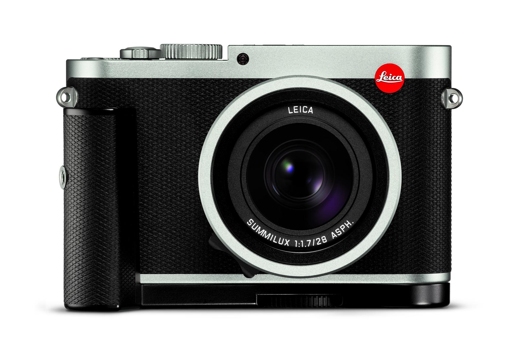 Leica Q silver_front_handgrip.jpg