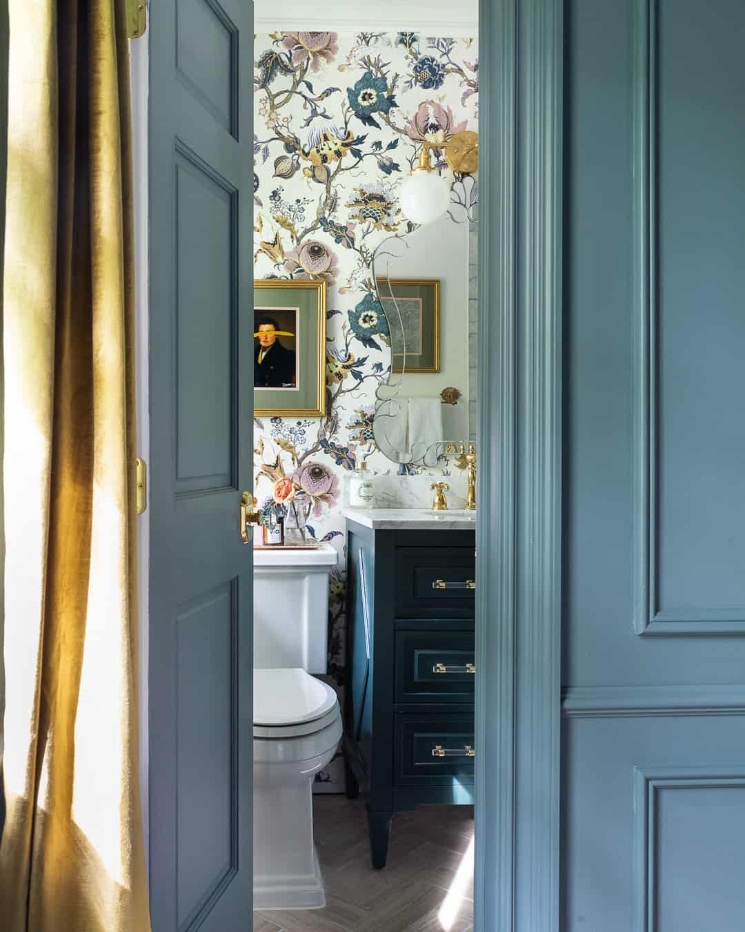 Kiki + Co | A Color Story Inspired by This Beautiful Bathroom