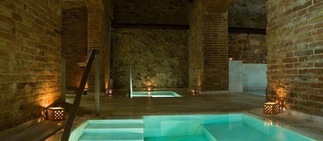 bano-de-agua-caliente-y-bano-frio-banos-arabes-y-spa-aire-de-barcelona.jpeg