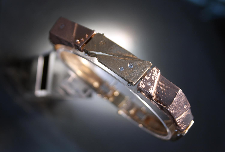 gold-bracelet.jpg