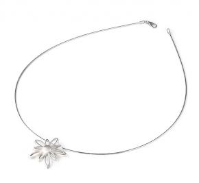flower pendant.jpg