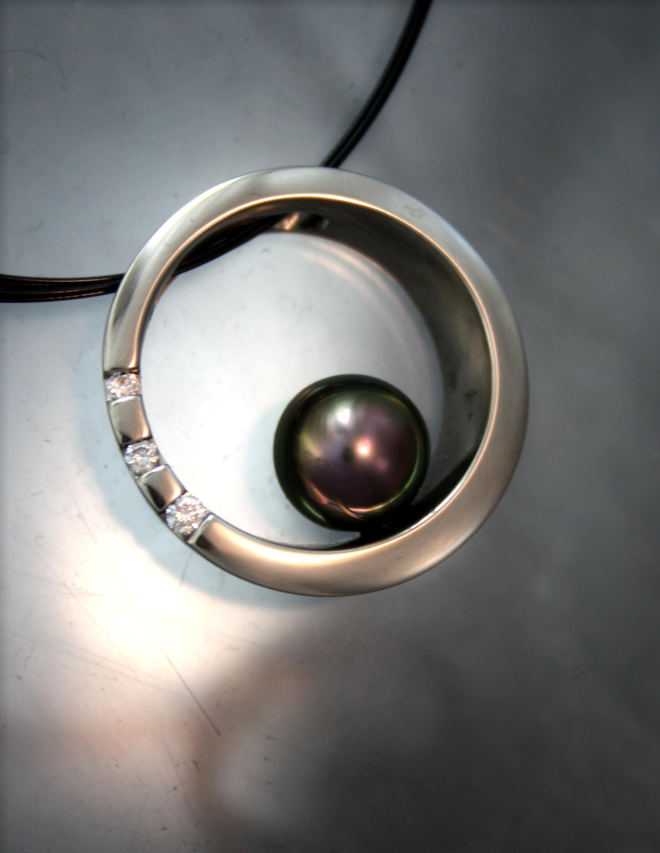 tahitian pearl diamond.JPG