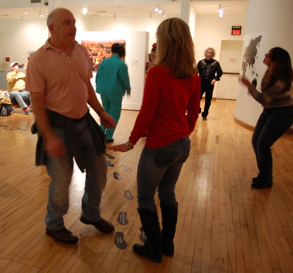 2015-11-27BlackFriday-dance.JPG
