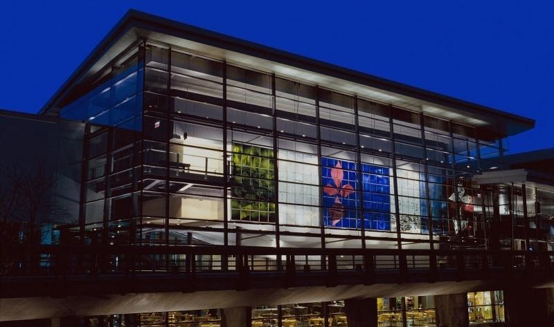 corning-museum-glass-exterior-80-opacity.jpg