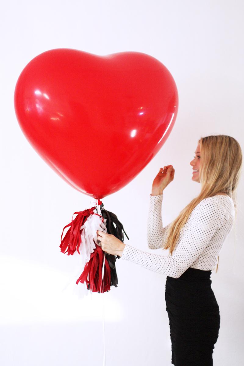 Valentine's Day Favorite Memories Pinata