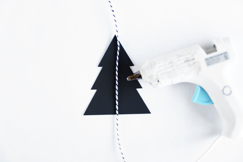 how to make Christmas garland