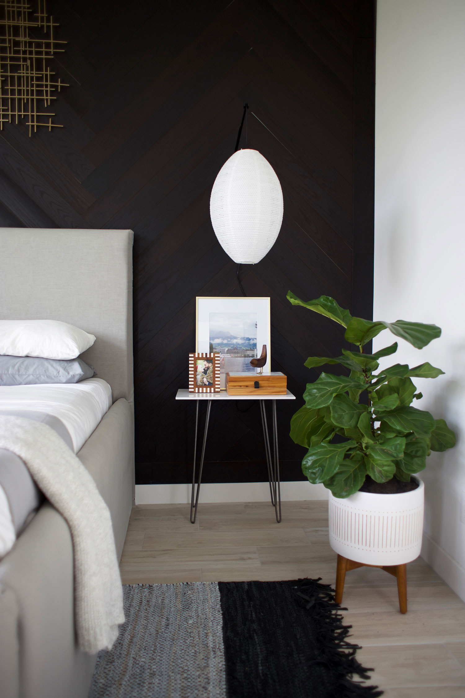 how to style a bedside table