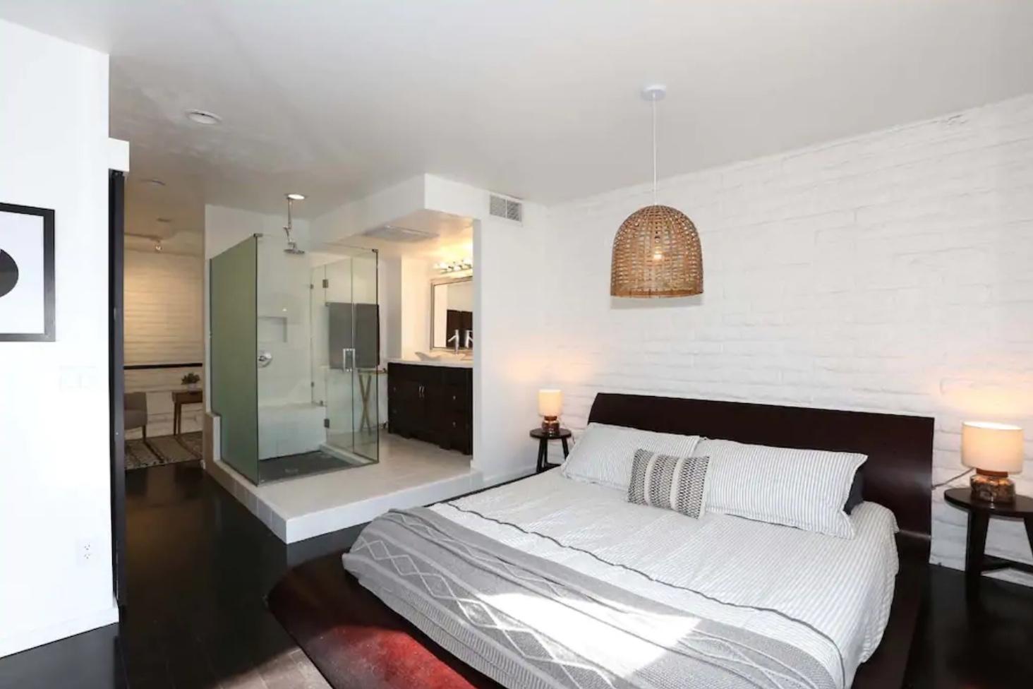 DIY reclaimed wood headboard bedroom makeover before