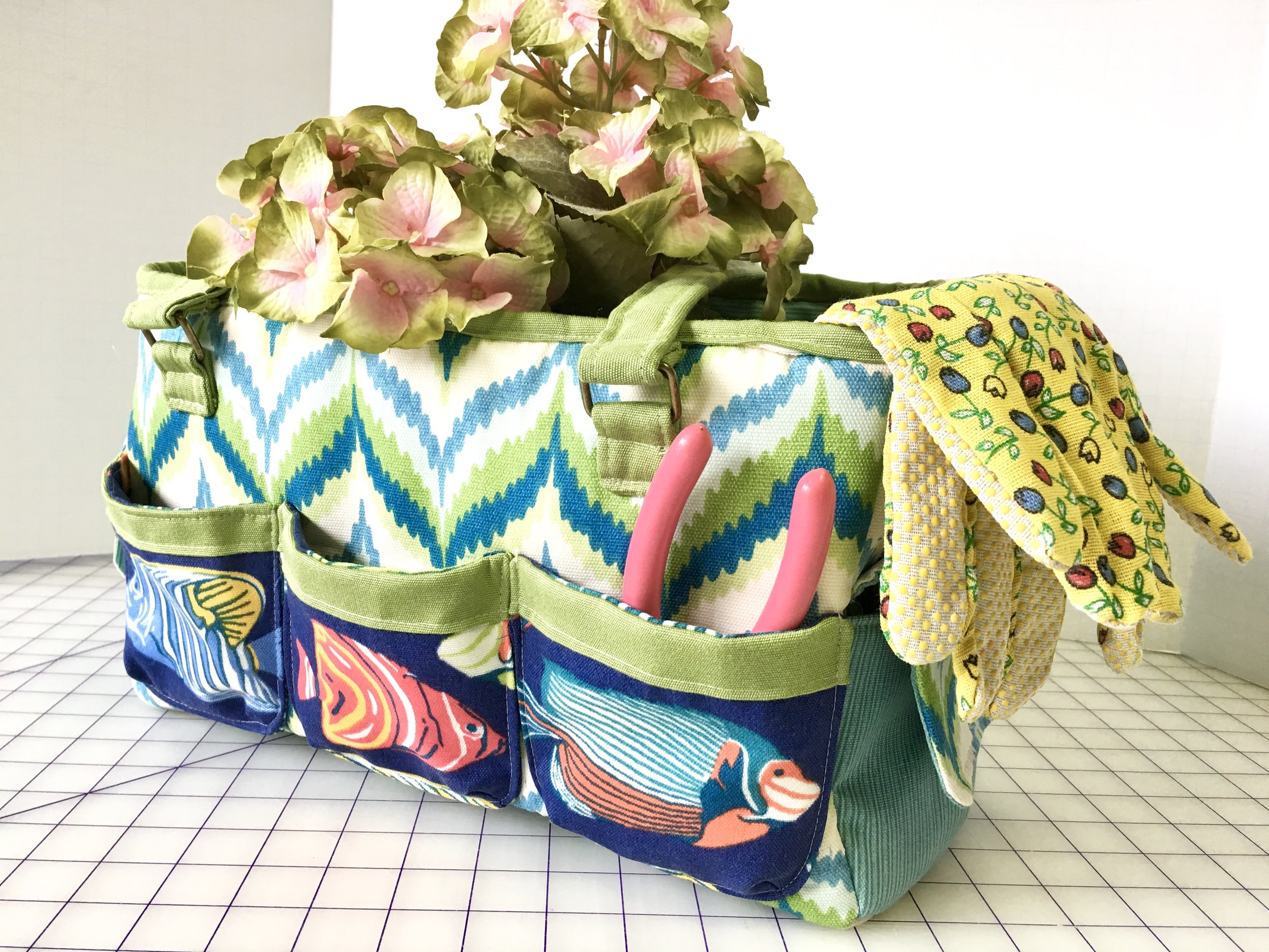 Oslo Craft Bag; Free Pattern by  Sew Sweetness
