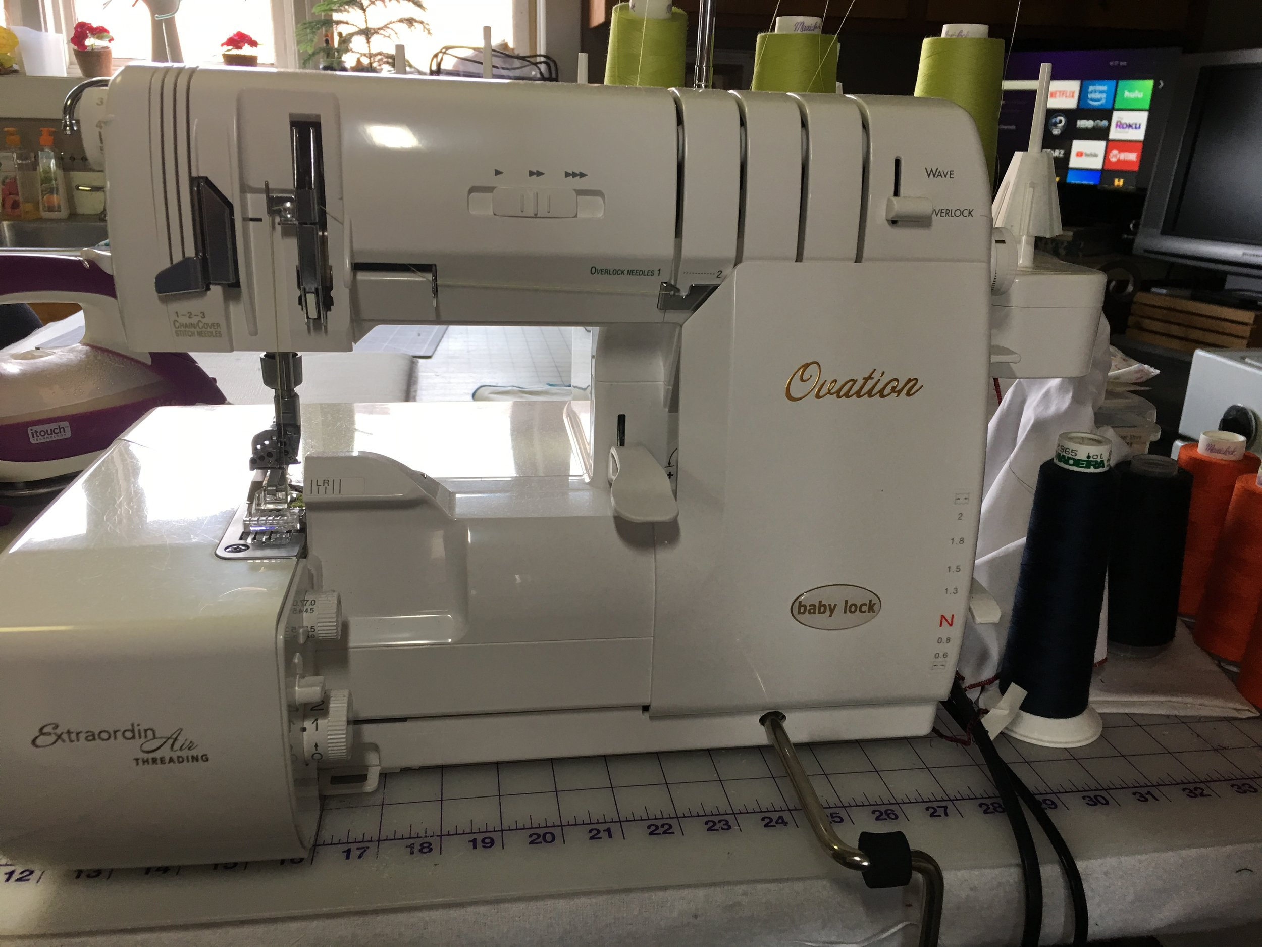 Babylock Ovation Combination Serger/Coverstitch