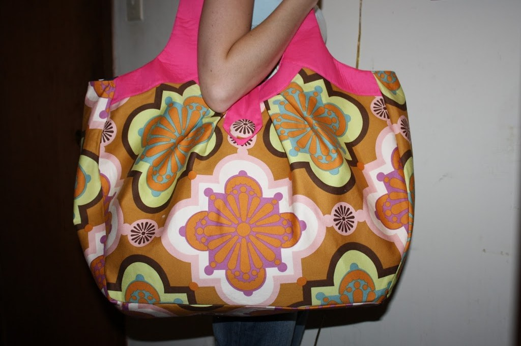 Cosmo Bag blog post by Sara Lawson, pattern from Amy Butler's Style Stitches book