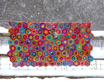 Free crochet Pattern by Kristin Nicholas. Click on photo for link to pattern.