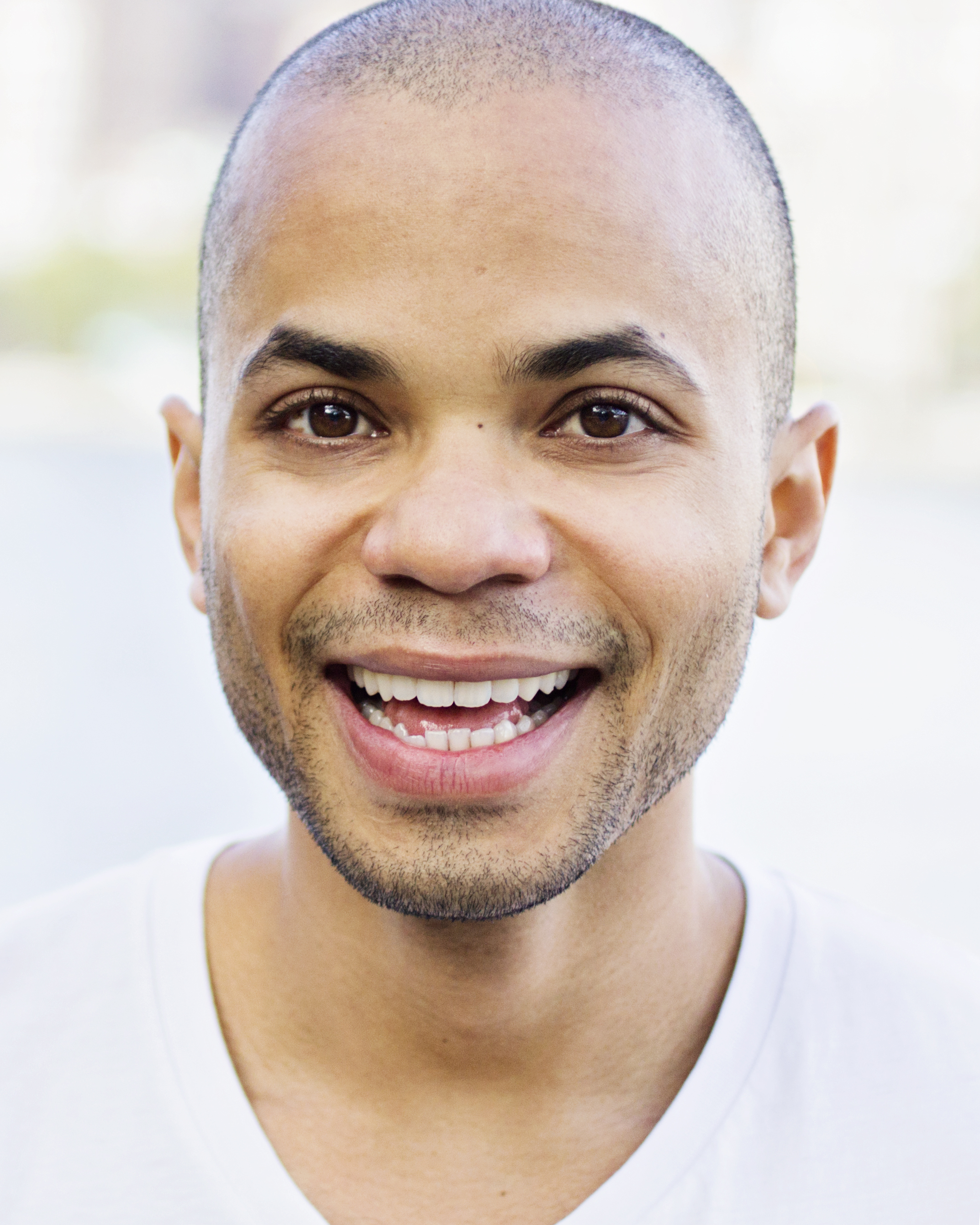 Antonio Thompson Headshot smile.jpg