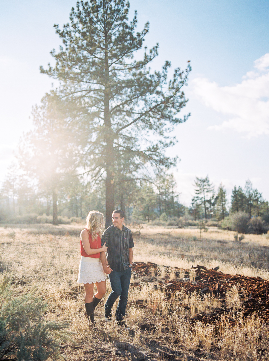 aaron-megan-engagement-mike-thezier-photography-01.jpg