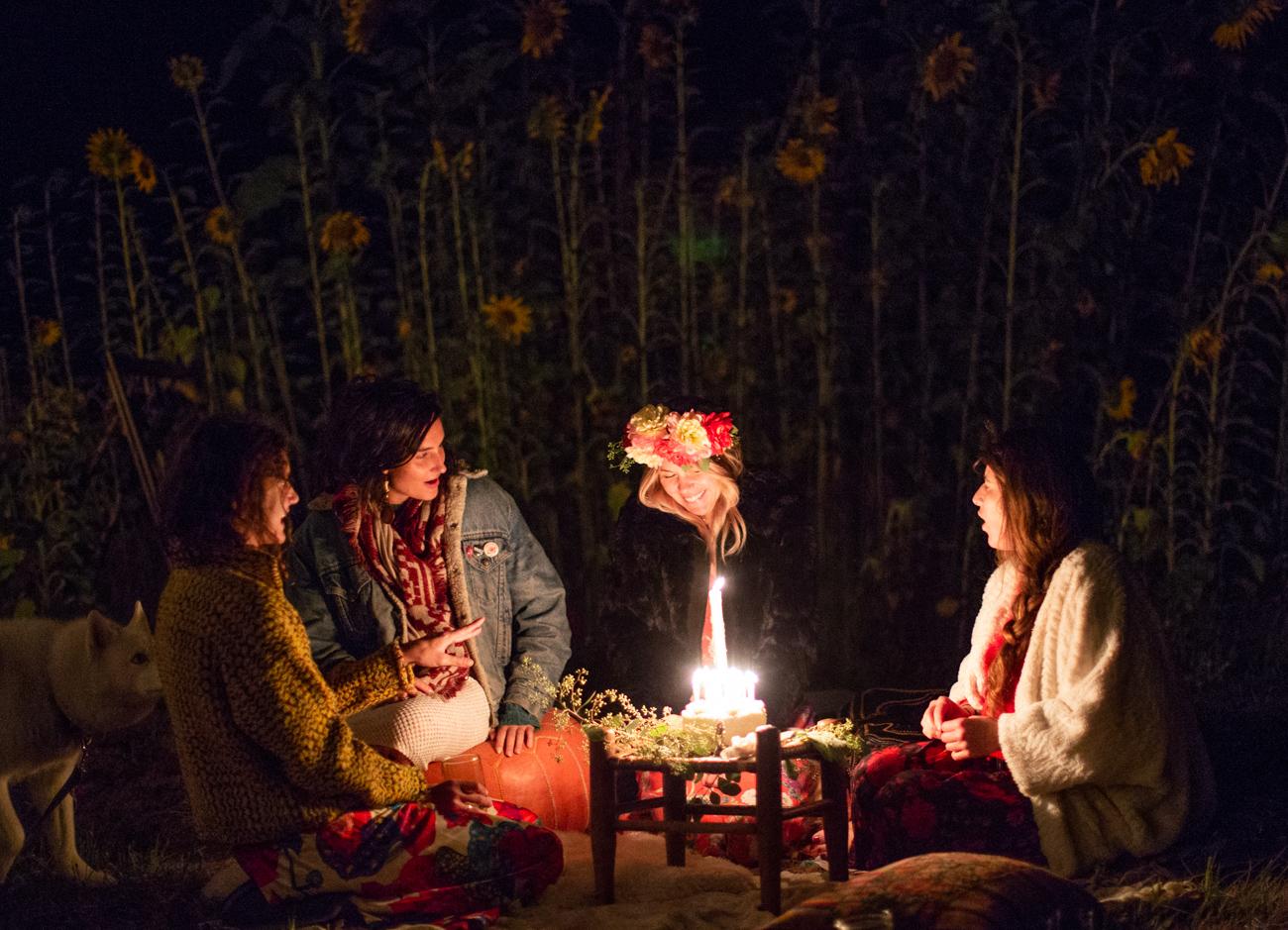 Backyard Flower Power Birthday_Olivia Ashton Photography-1-3.jpg
