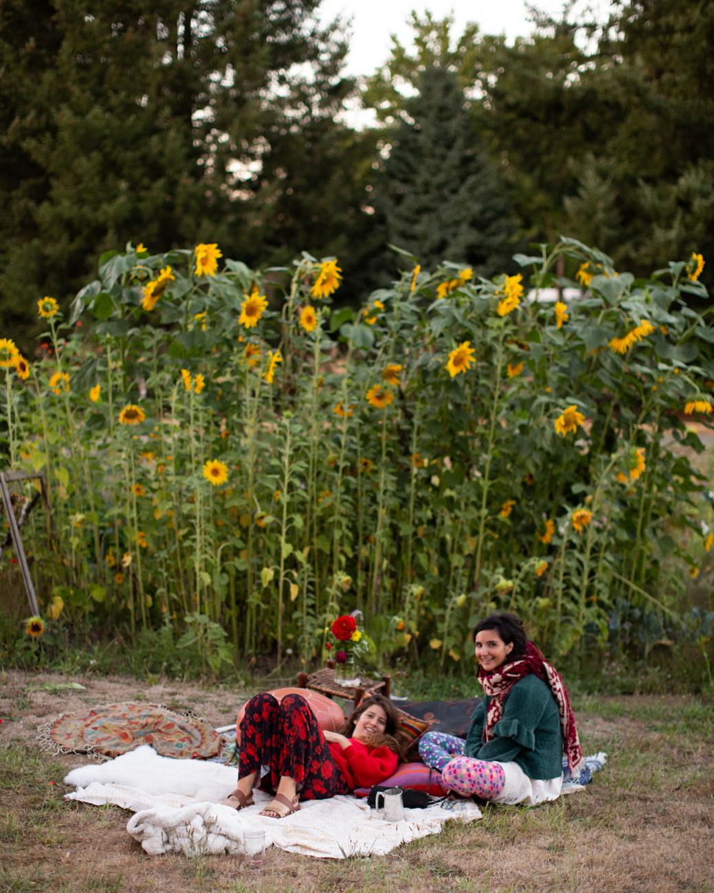 Backyard Flower Power Birthday_Olivia Ashton Photography-1-4.jpg