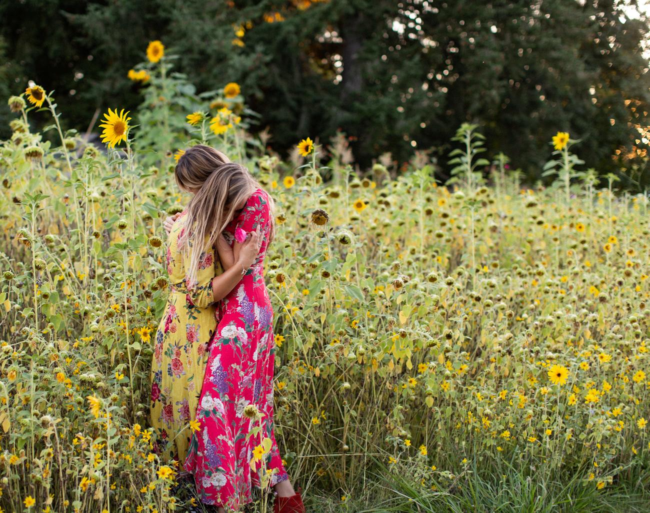 Backyard Flower Power Birthday_Olivia Ashton Photography-1-23.jpg