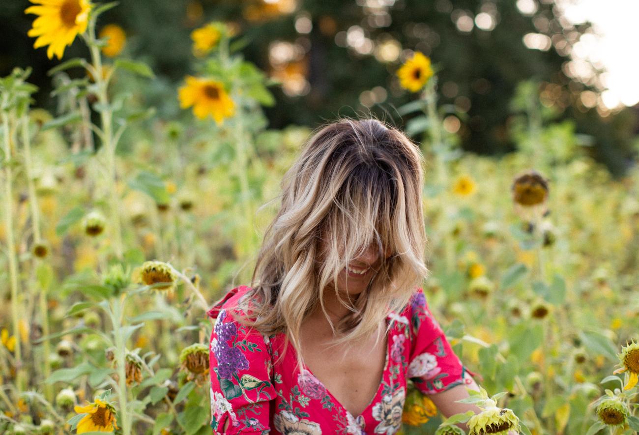 Backyard Flower Power Birthday_Olivia Ashton Photography-1-32.jpg