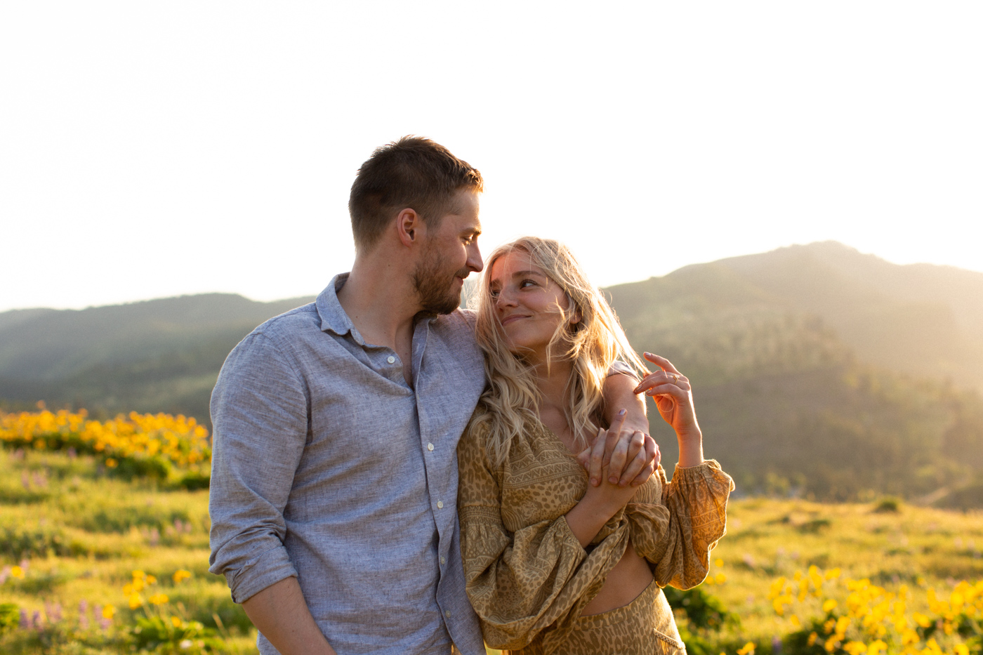 Emily+Daniel_Oregon_Engagement_Session-1-13.jpg