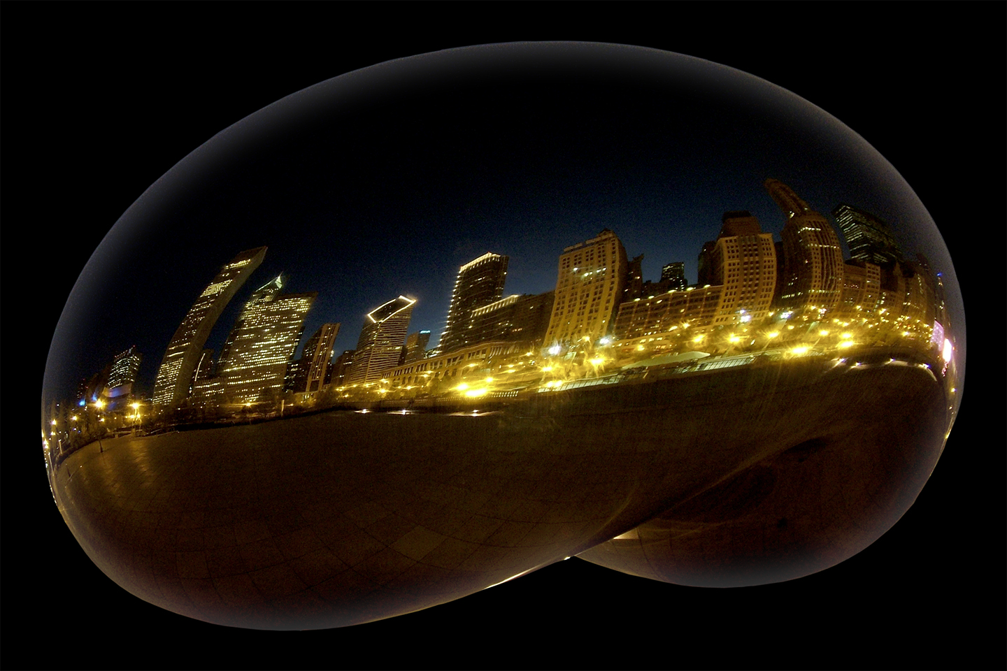 "Cloud Gate Night No.2, 2006 28"" x 40"""