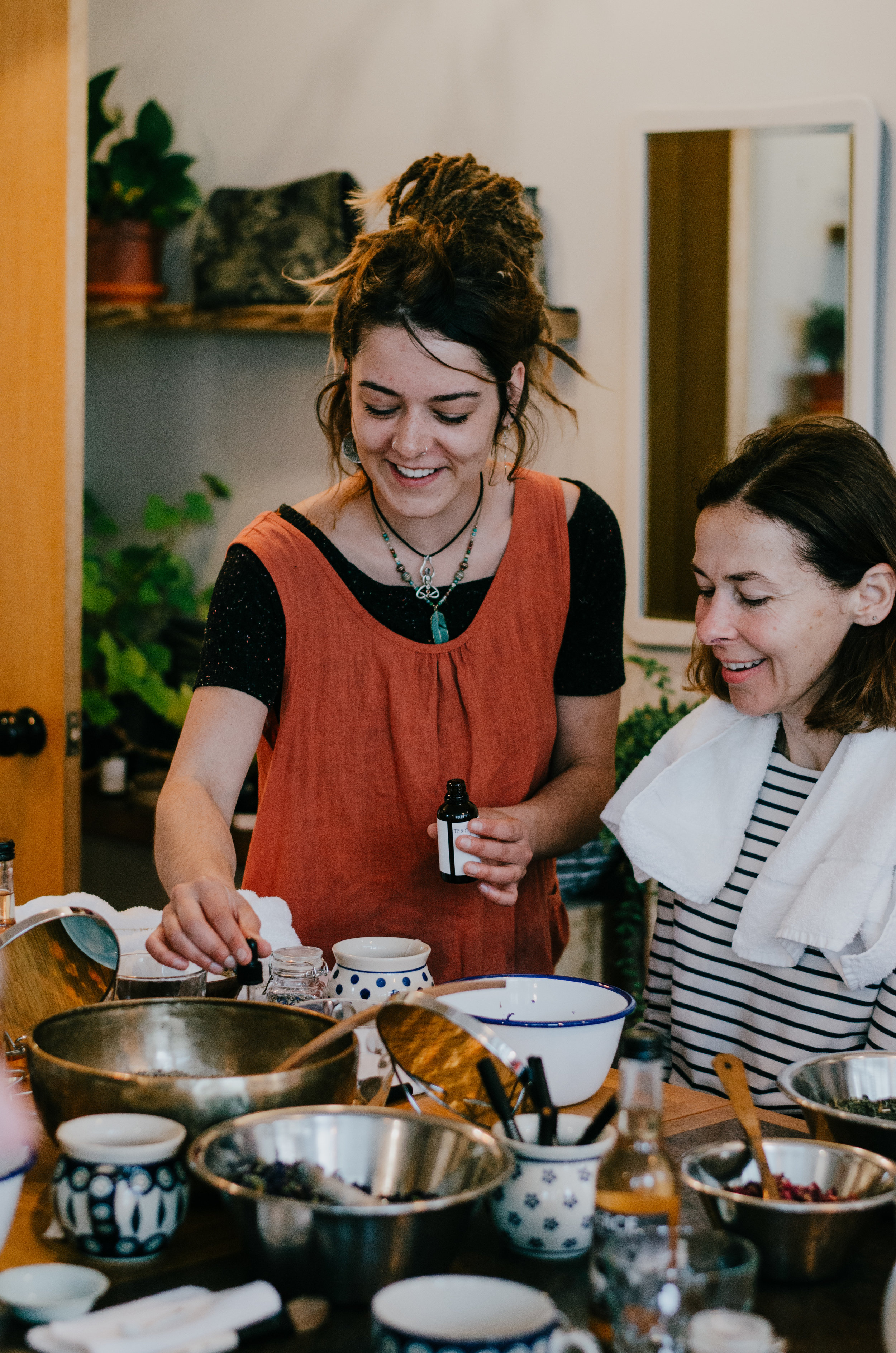 Ellie Gill - Natural Beauty Masterclass A.S.Apothecary, Lewes - Aiste Saulyte Photography-5.jpg