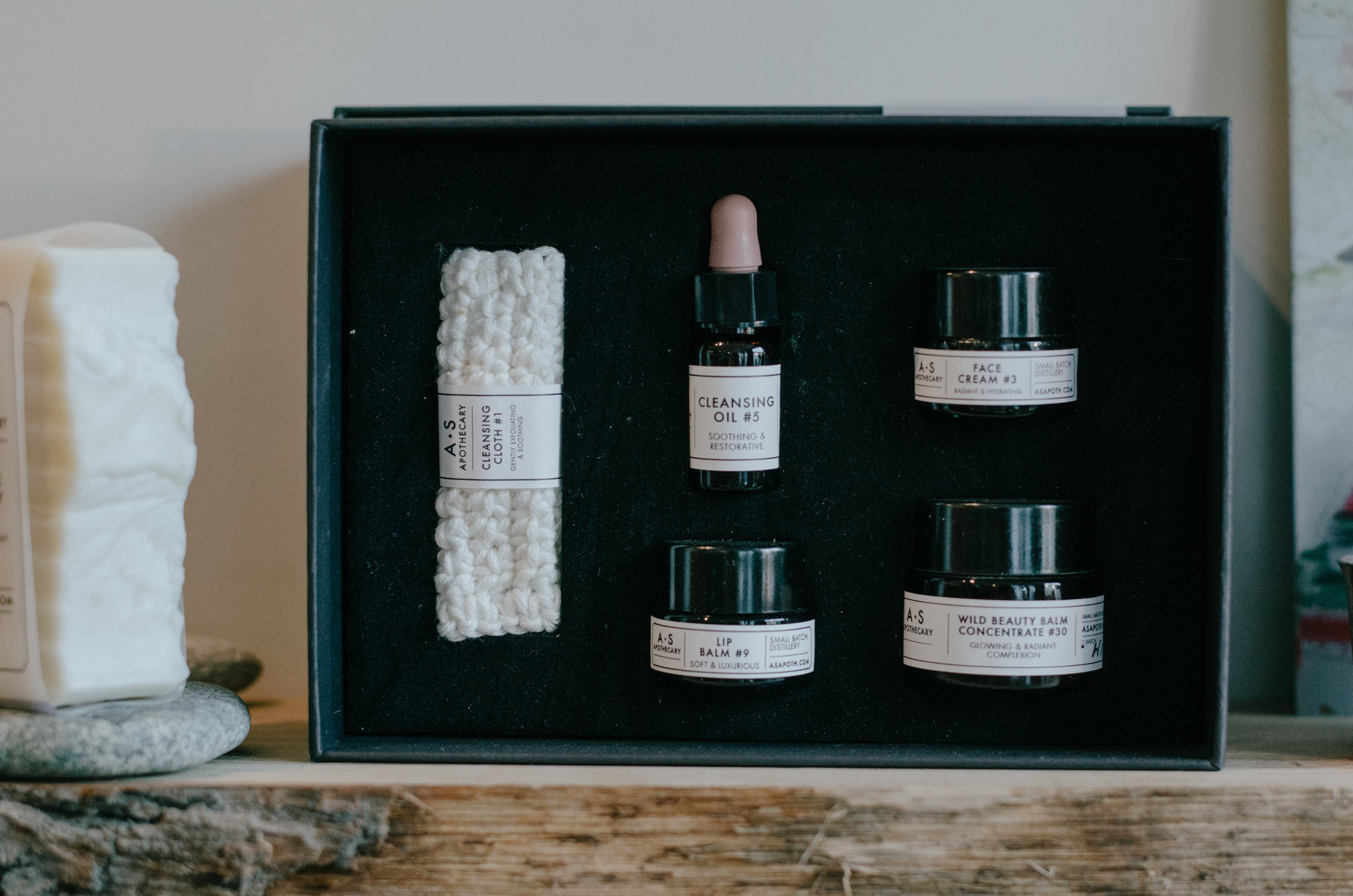Ellie Gill - Natural Beauty Masterclass A.S.Apothecary, Lewes - Aiste Saulyte Photography-56.jpg