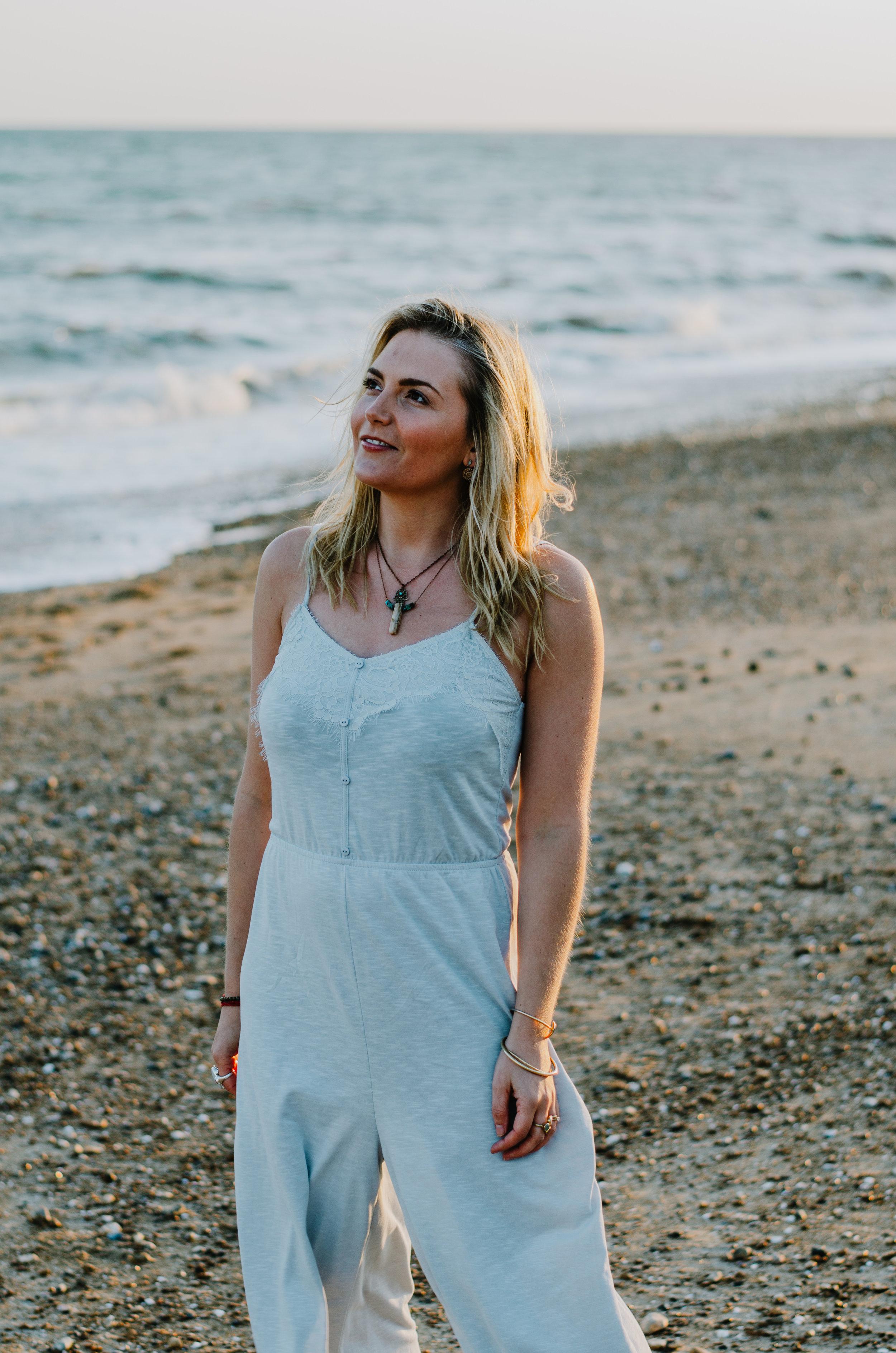Hannah Portraits by the Sea - Aiste Saulyte Photography-2.jpg