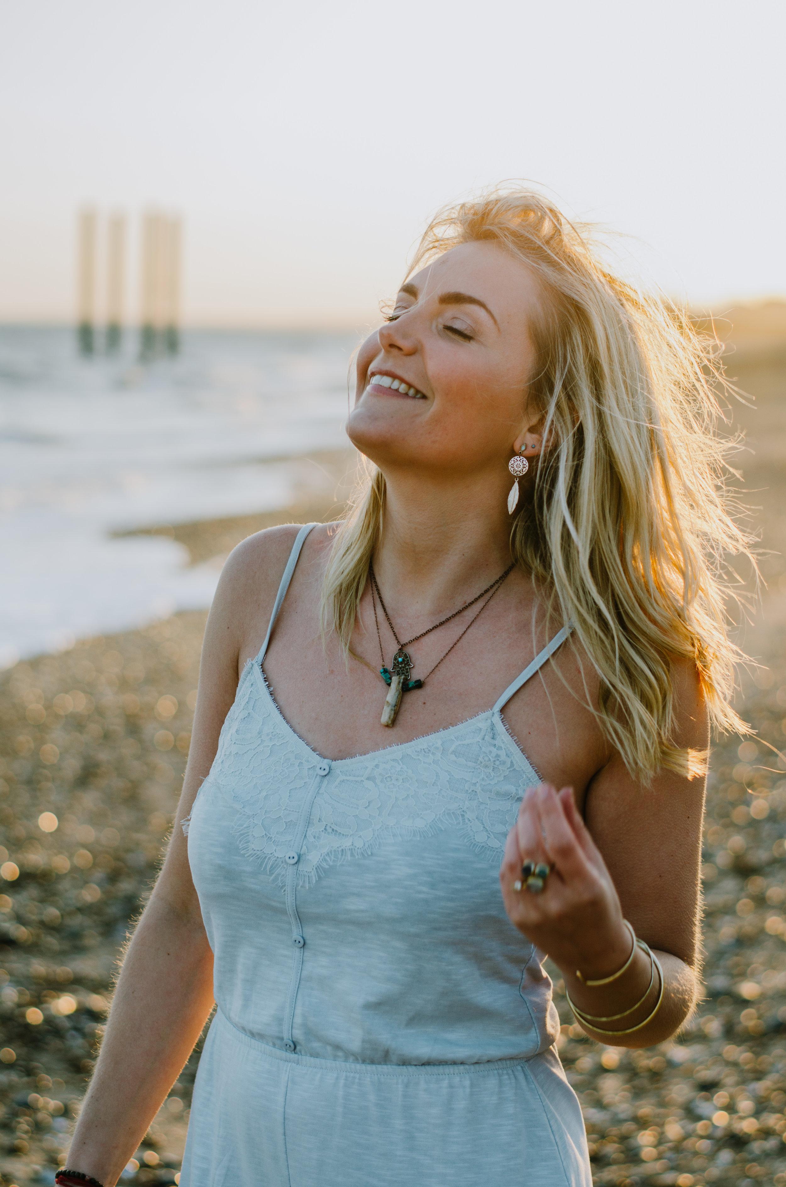 Hannah Portraits by the Sea - Aiste Saulyte Photography-4.jpg