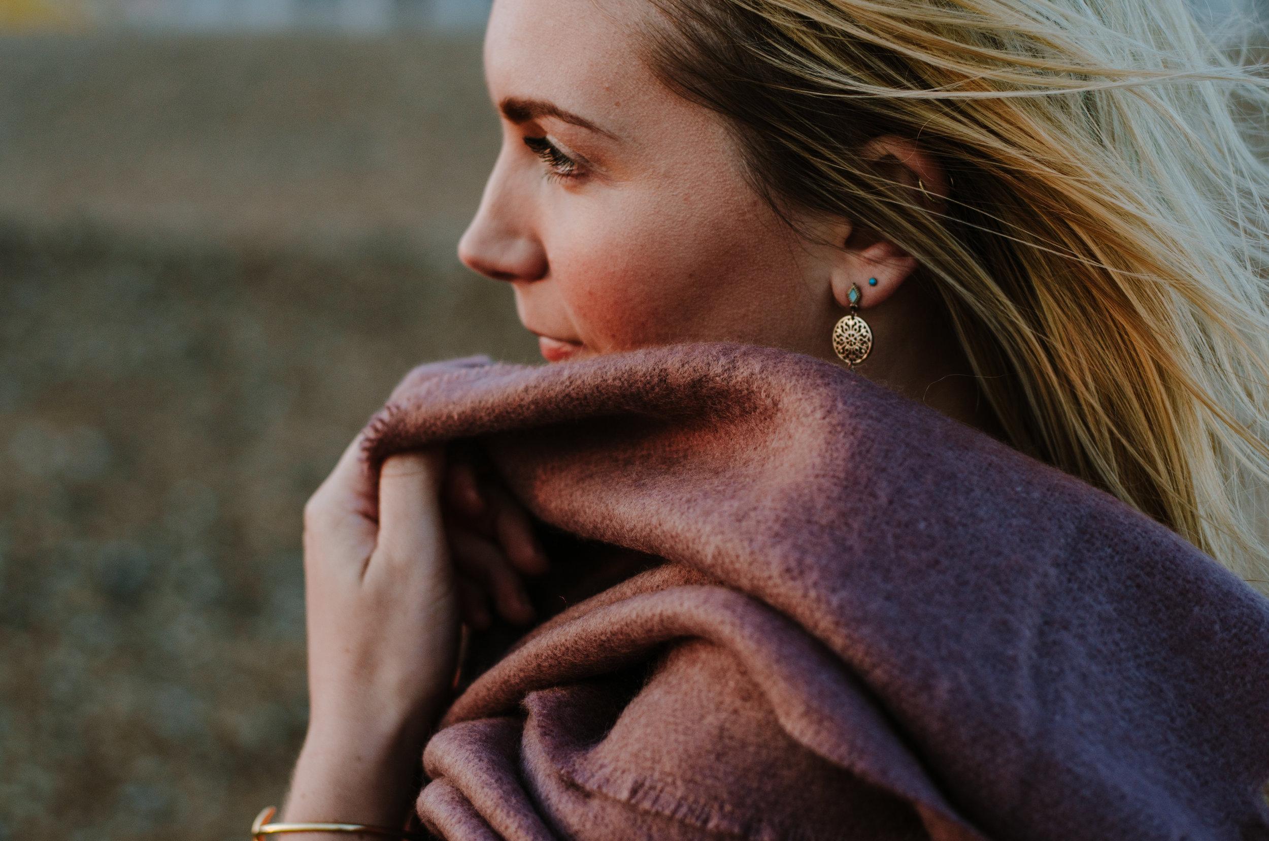 Hannah Portraits by the Sea - Aiste Saulyte Photography-25.jpg