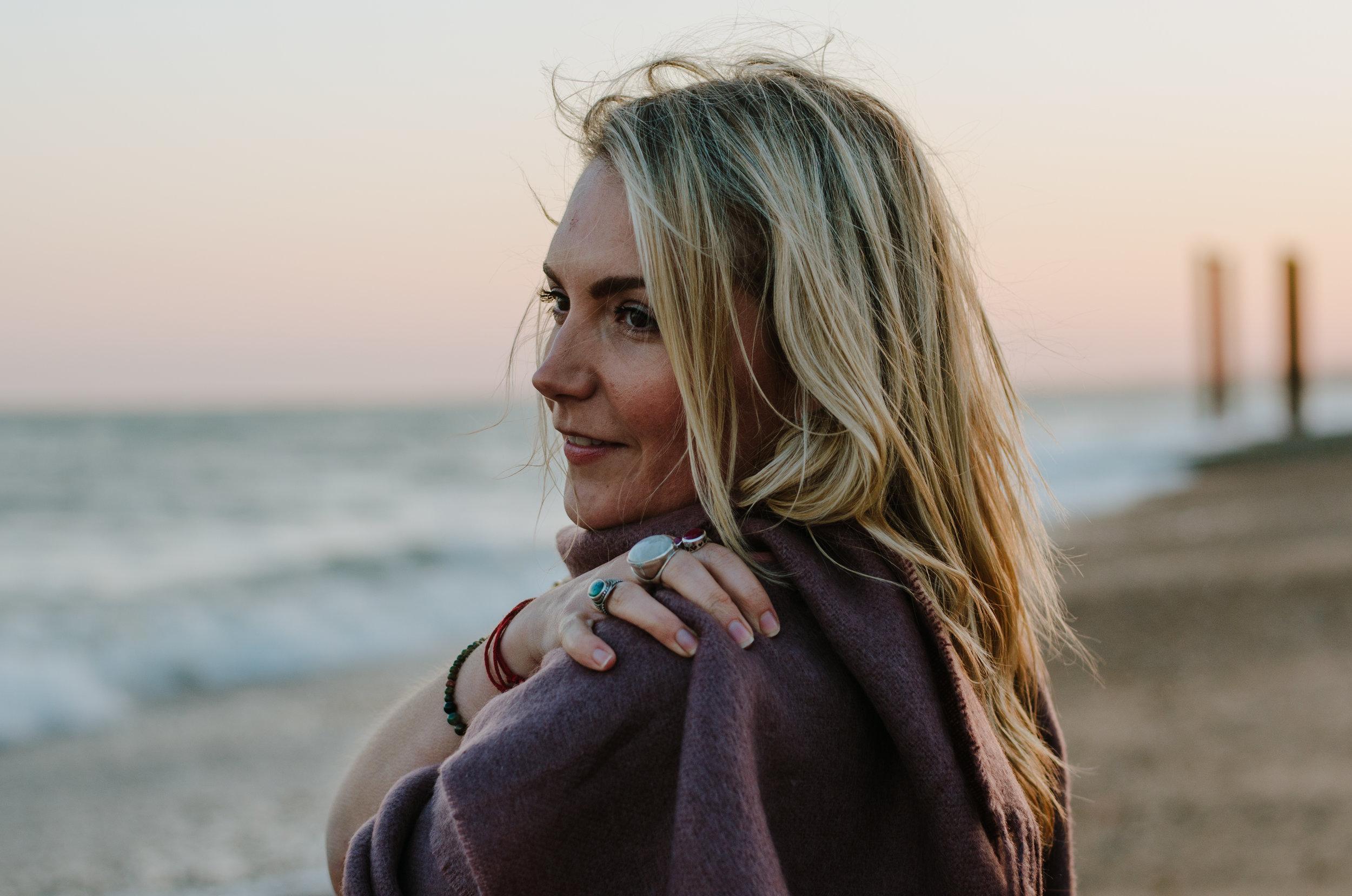 Hannah Portraits by the Sea - Aiste Saulyte Photography-32.jpg