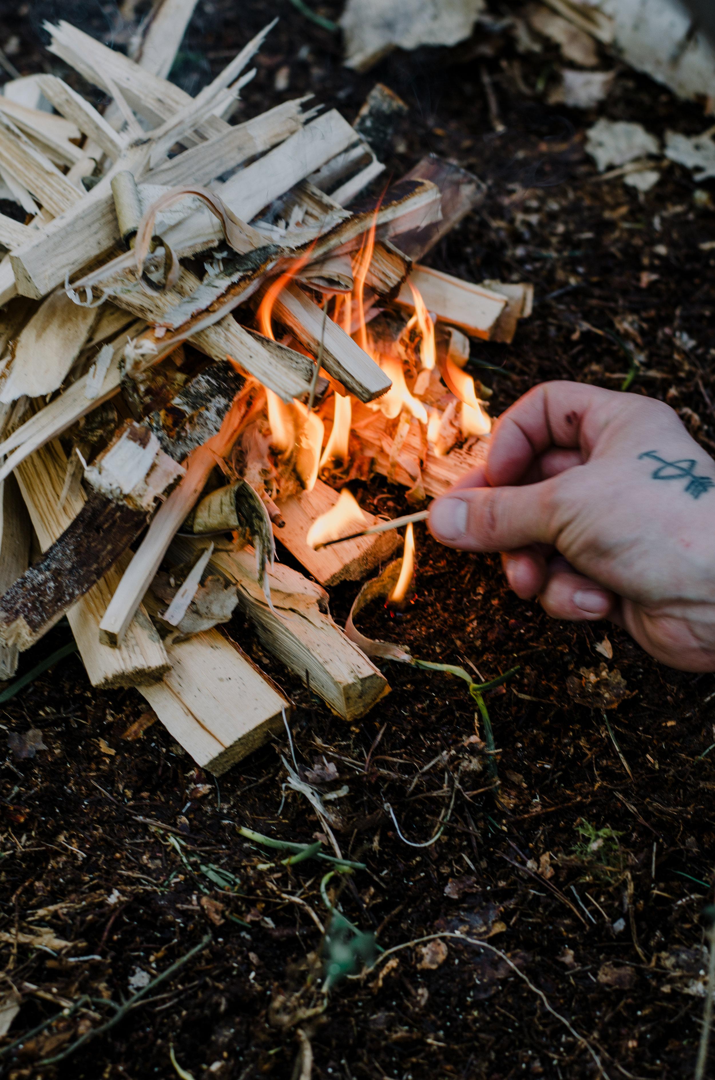 Fire & Wild- Wild Garlic & Campfire Dinner - Aiste Saulyte Photography-136.jpg
