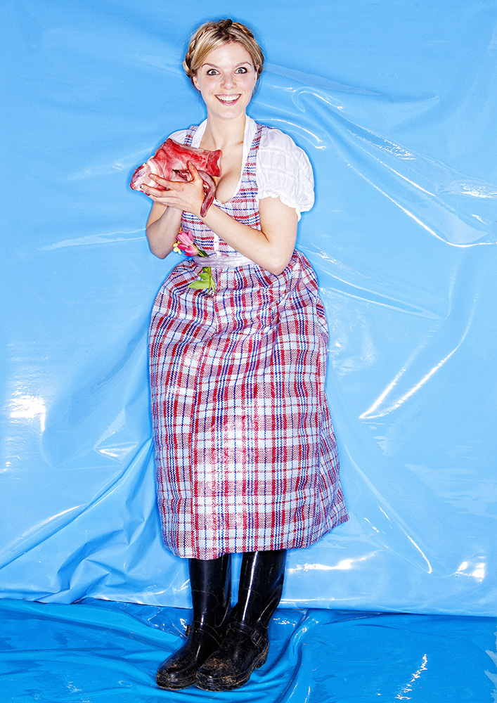 Catharina Bond in Plastic Dirndl, Photo: Paul Prader