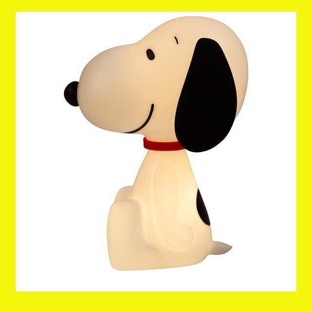 THE SNOOPY LAMP IS NOW AVAILABLE ONLINE OR FROM OUR @boxpark Store THE PLAY BOX ! #snoopy