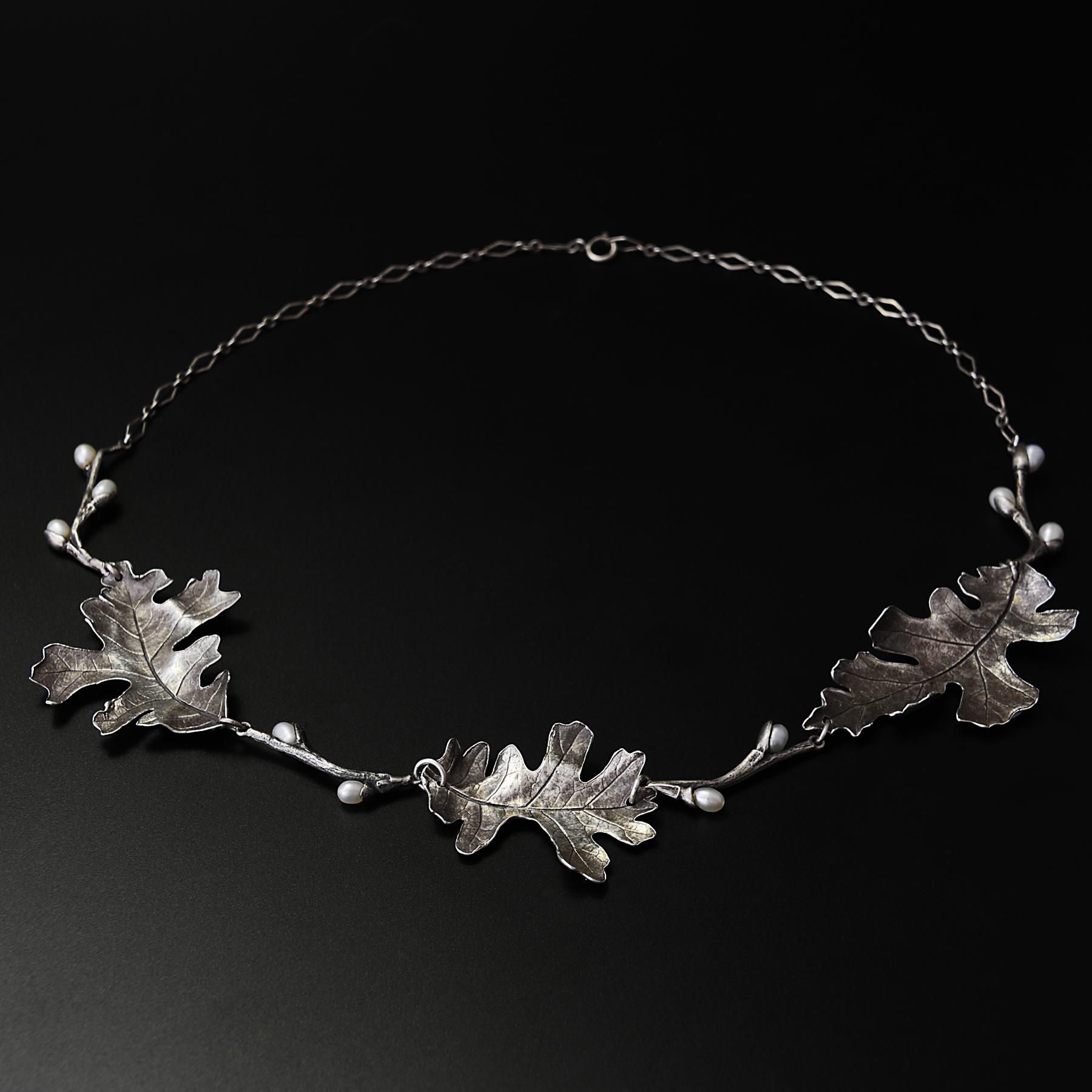 oak-pearl-necklace-michelle-hoting-web.jpg